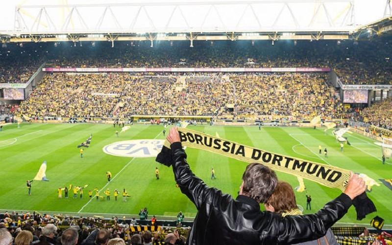 g_bremen_fans_stadion_bvbnachrichtenbild_regular
